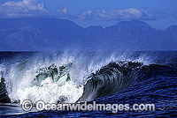 Breaking wave photo