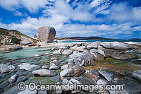 Castle Rock Flinders Island Tasmania Photo - Gary Bell