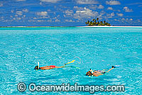 Snorkelling tropical Island Photo - Gary Bell