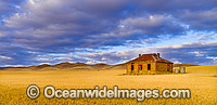 Historic Farmhouse South Australia Photo - Gary Bell