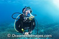 Diver wearing communications mask Photo - Gary Bell