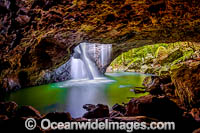 Natural Bridge Springbrook Photo - Gary Bell
