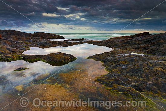 Coastal Seascape at Gallows Beach, Coffs Harbour, New South Wales, Australia. Photo - Gary Bell
