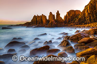 Pinnacles Port Phillip Island Photo - Gary Bell
