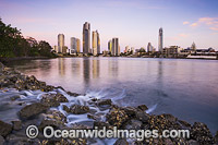 Surfers Paradise City Photo - Gary Bell