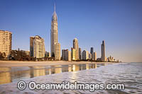Surfers Paradise beach Photo - Gary Bell