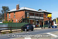 Glenrowan Hotel Photo - Gary Bell