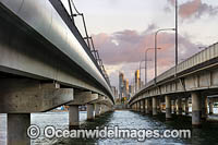 Sundale Bridge Surfers Paradise Photo - Gary Bell