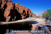 Ormiston Gorge MacDonnell Ranges Photo - Gary Bell