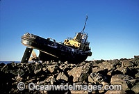 Tug shipwreck Dampier Photo - Gary Bell