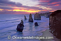 Twelve Apostles sunset Photo - Gary Bell