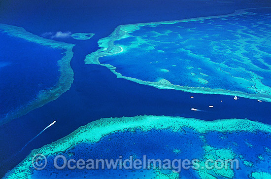 Aerial view of boat anchorage. Channel between Hook and Hardy Reef, Great Barrier Reef, Queensland, Australia Photo - Gary Bell